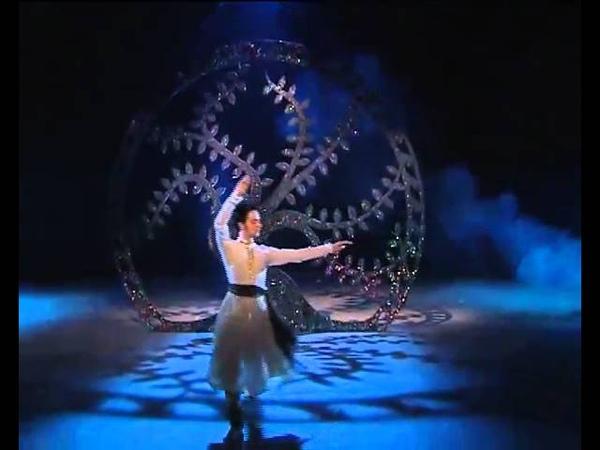 Pakistani Kathak Dancer Umair Arif Performs 2009
