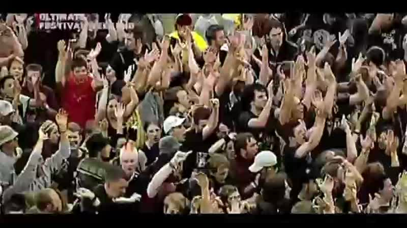 [v-s.mobi]GreenDay-Holiday(Live2005RockAMRing)(HD)