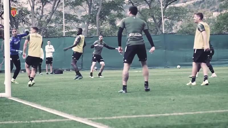 Сегодняшняя тренировка • Великолепный гол Сеска Фабрегаса.