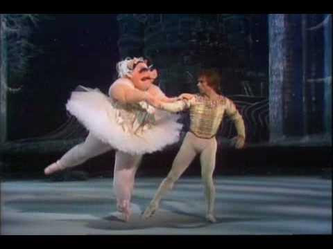 Rudolph Nureyev at Muppet Show
