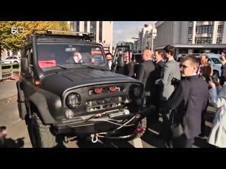 Минниханов испытал новый УАЗ Патриот с коробкой автомат