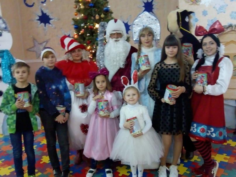 Новогодние подарки для детей прифронтовых территорий членов профсоюза образования от российских профсоюзов, изображение №7