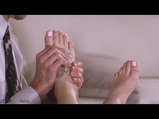 Audrey Royal  [ feet, footjob, footfetish ]