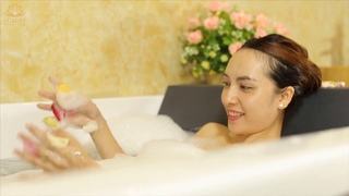 Relaxing Spa Facial and Scalp Massage , full body ...