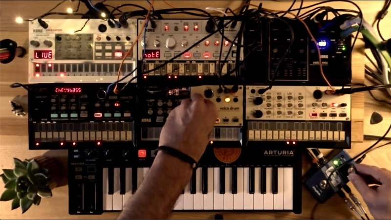 Korg Volca MixFMDrumSample - TechnoDeep House jam
