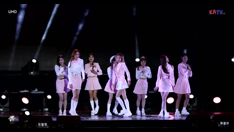 191016 Cherry Bullet - Heart Attack (AOA cover) @ GTI International Trade and Investment Expo