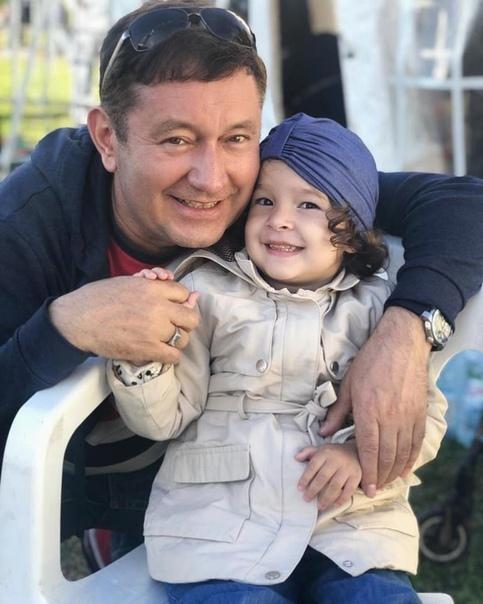 городок приехала семья айдара галимова фото символом подъема роста