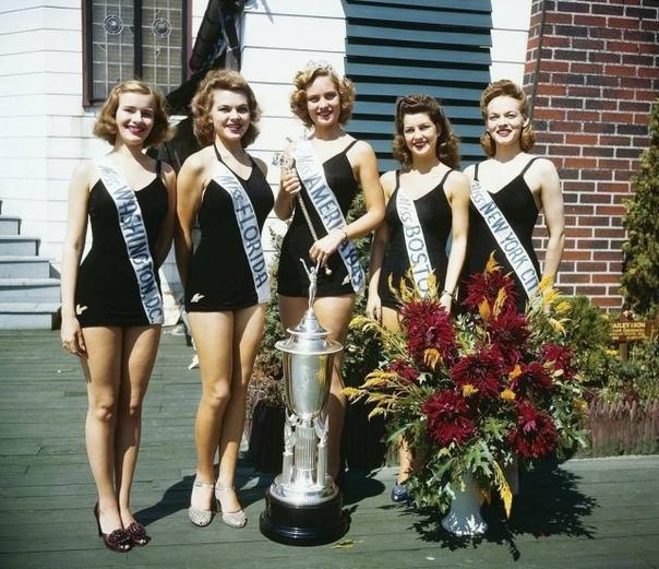 Мисс Америка 1943 год.