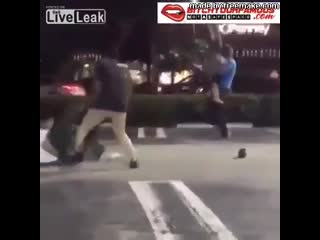 Teen fight in parking lot get ugly ass boy tries to _tombstone piledriver _ girl in parking lot