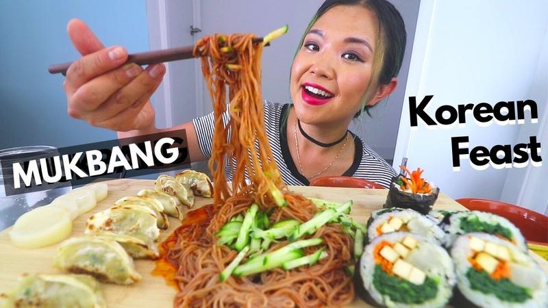 Spicy Noodles, Kimbap, Dumplings MUKBANG (STORYTIME Moving to Canada) Munching Mondays Ep.62