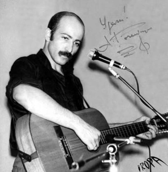 Александр Розенбаум, сегодня его день рождения  Слушали Какая песня запомнилась