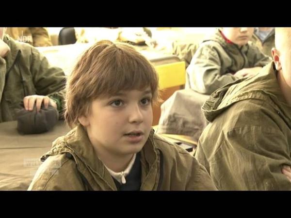 Russland Militärcamps für Kinder sehr gefragt Schießen, laden, schießen