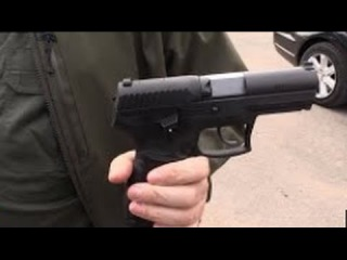 """Аваков под Мариуполем, показал свой личный пистолет """"Барак"""". Украина новости сегодня."""