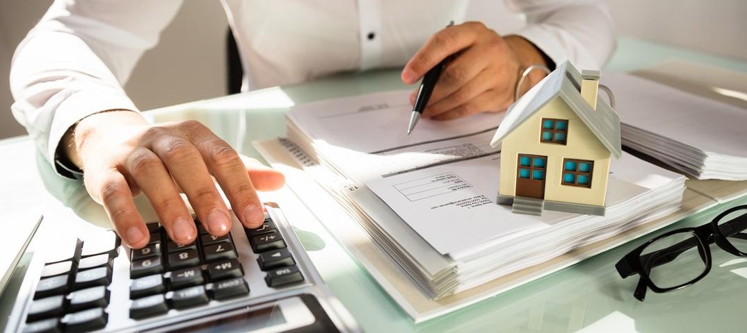 Инвалиды и пенсионеры, получившие соответствующий статус в иностранном государстве, имеют право на федеральные налоговые льготы в РФ