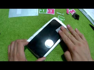 Как наклеить защитное стекло на телефон Realme C21!
