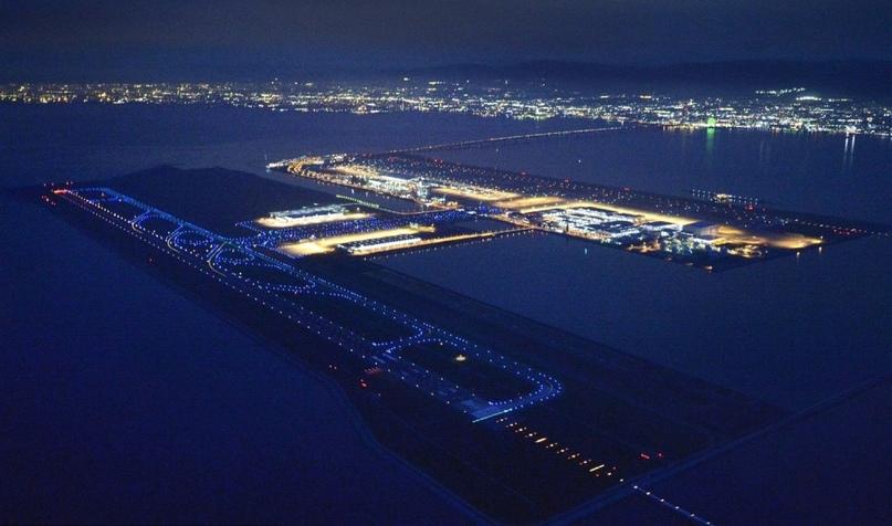 Невероятные аэропорты, в которые точно захочется вернуться, изображение №14