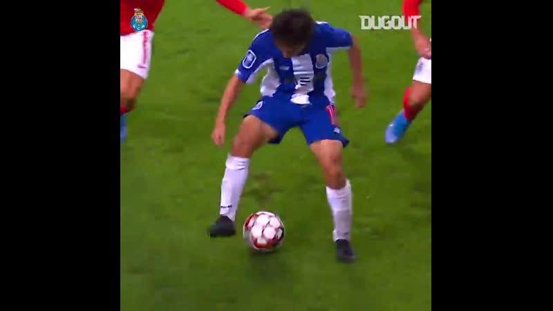 How good was that from FC Portos Shoya Nakajima