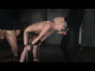 грубо поимели прикованную к столбу  [BDSM, Domination. porno, Sex, hard, rough, бдсм, секс, жестко]