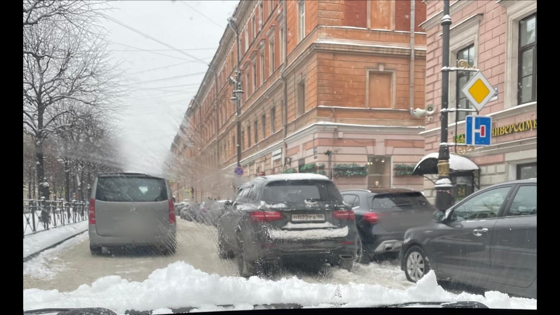 Петербуржцы пополняют коллекцию парковок Боярского