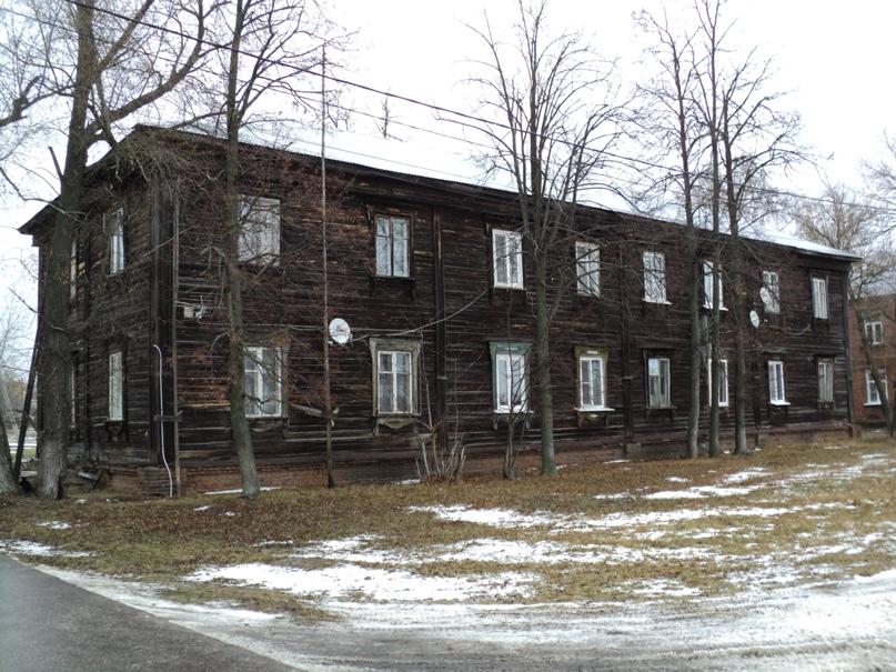 Типовая советская жилая архитектура 50-х годов в Белоомуте., изображение №23