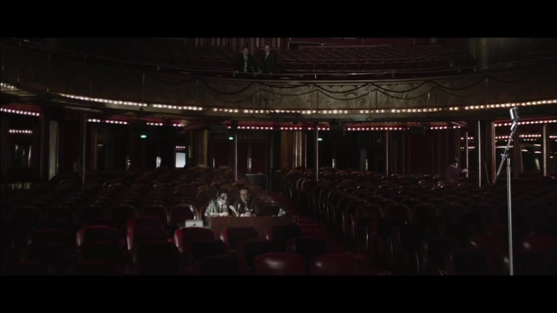 Salut Les Copains, Le Spectacle Musical - Laisse tomber les filles...