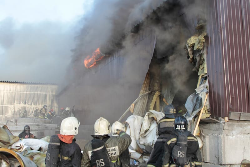 Сегодня в России отмечается профессиональный праздник работников спасательных служб - День спасателя