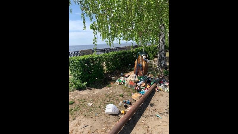 В Тольятти загадили набережную