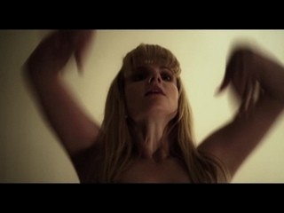 Акробатика Бернадетт  - Фрагмент из фильма Бронза (2015) Melissa Rauch erotic scene in The Bronze 18+