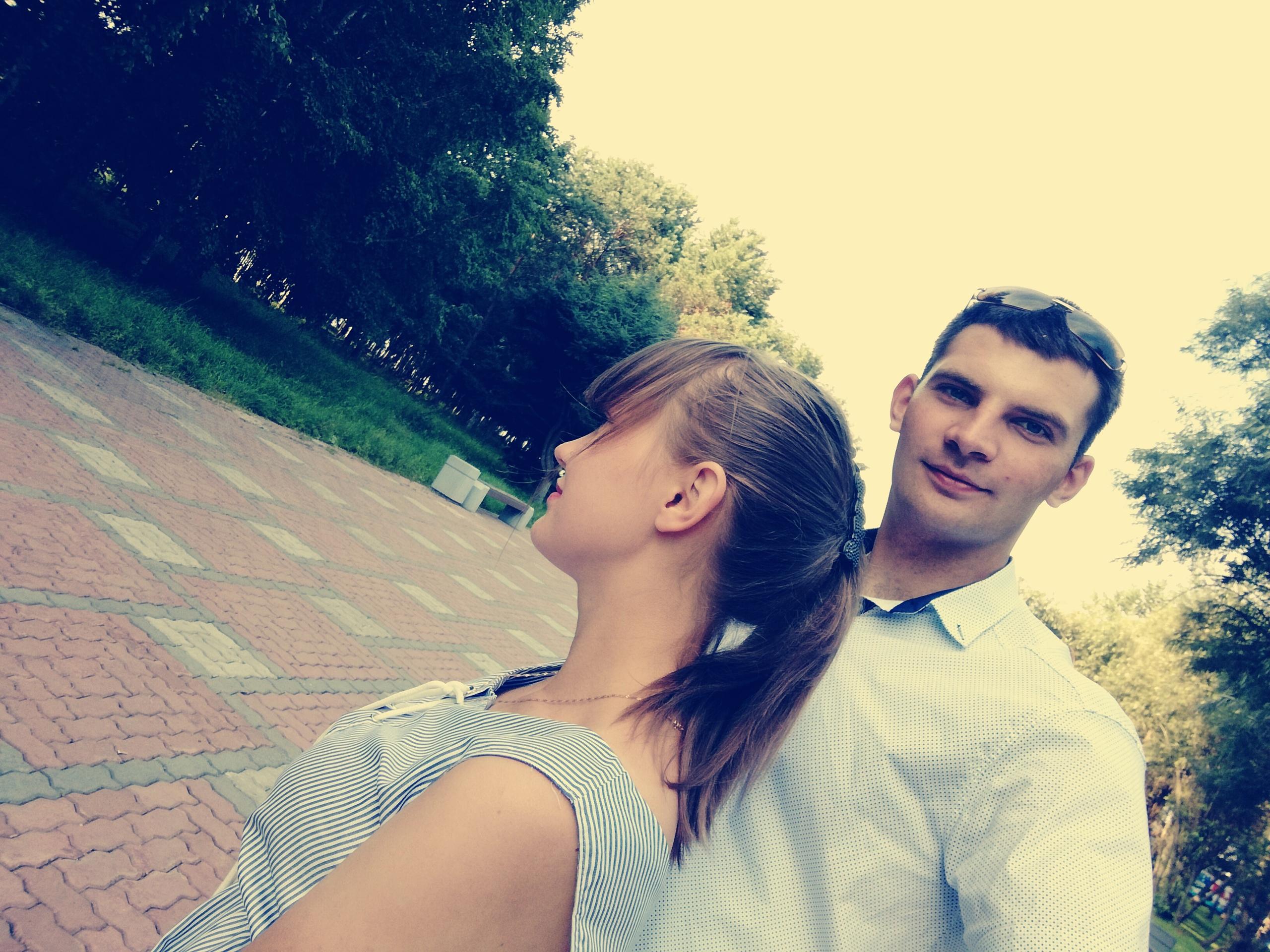 Антон, 25, Khurba