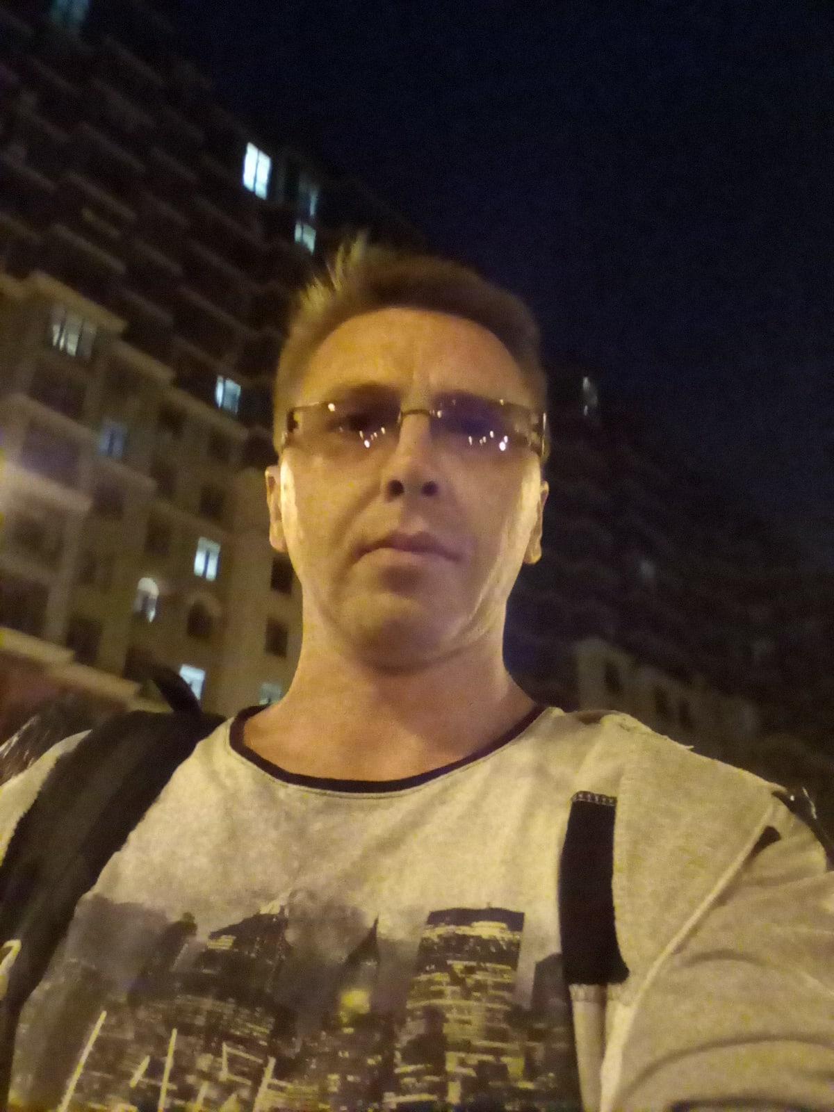 Владимир, 41, Shakhty