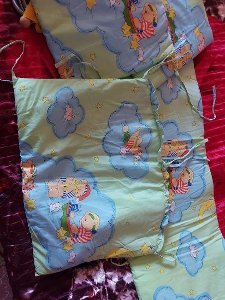 бортики в кроватку(нет пару завязок) прыгуныПисать...