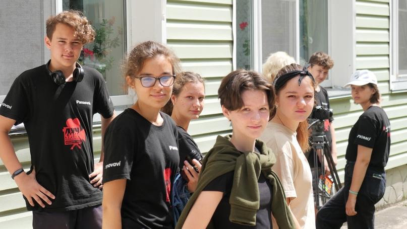 Кинолагерь «Лучкино» в Великом Новгороде. Осень 2021., изображение №4