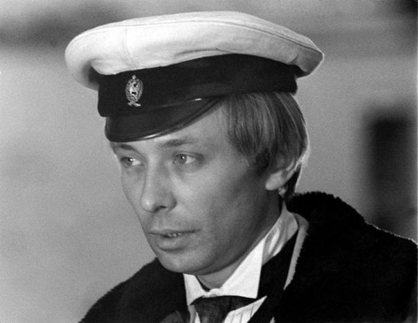 📅 3 марта 1981 года во время творческой командировки в Киеве от сердечного прист...