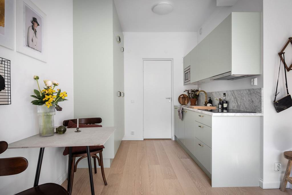 Интерьер маленькой шведской квартиры-студии 21 кв.