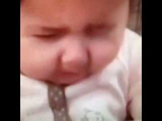 Best Vines Baby Tastes Lemon For The First Time