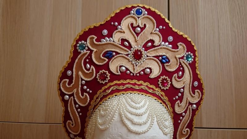 Кокошник с шапочкой и рясами