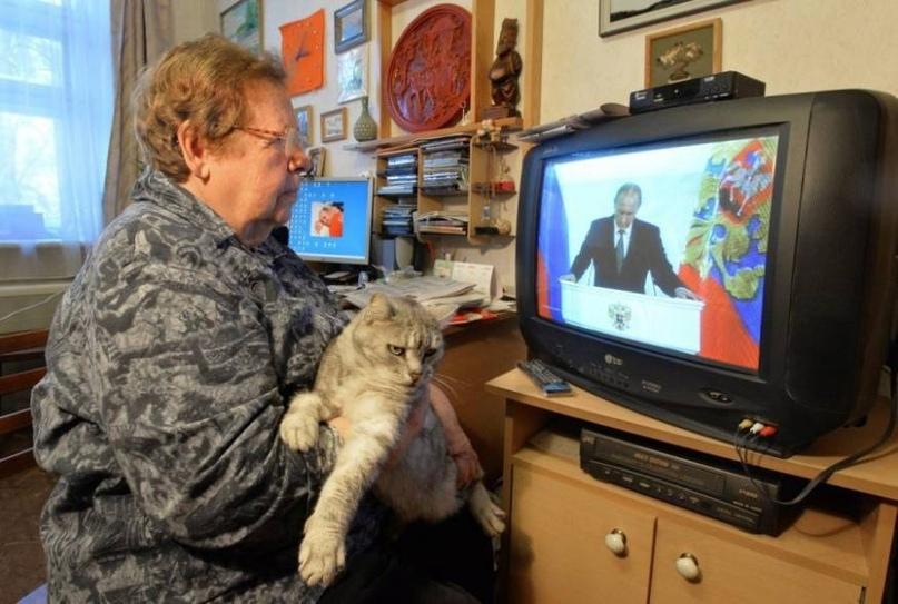 В России рекордно упало доверие граждан к телевидению
