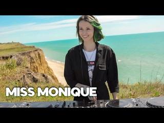 Miss Monique - Siona Records: One Year Anniversary [Progressive House/Melodic Techno DJ Mix]