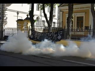 Позиция консерваторов по выходке у резиденции Патриарха и по протесту в Екатеренбурге