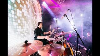 RADIO QUEEN - We will rock you