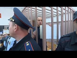Защита затягивает суд над экс-главой Серпуховского района