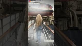 Лёд на песню Насти Кош в Лайке 🧊 Ледокол Красин, Стрит-Арт музей Санкт-Петербург